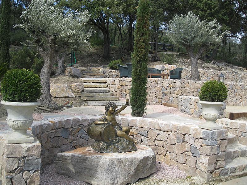 Jardin service conception et r alisation de vos jardins for Muret en bois jardin